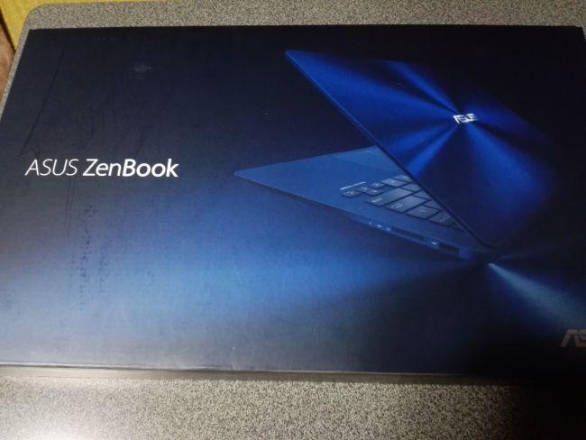 ASUS ZenBook 14 UX430UA-8250,箱